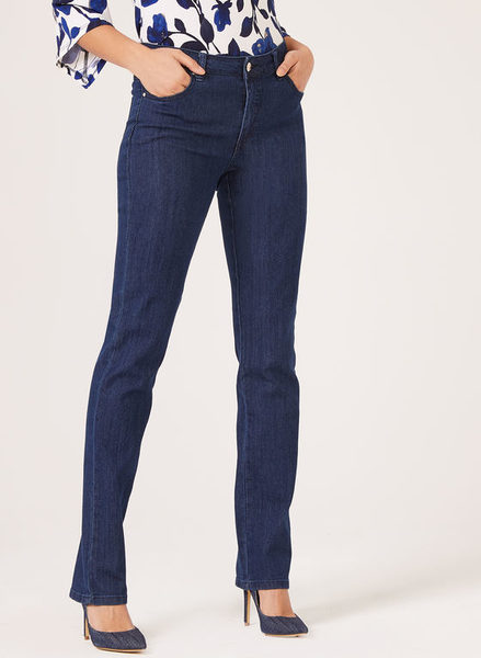 72ca7ff9656a7 Laura Simon Chang – Signature Straight Leg Jeans -  39.99 ( 58.01 Off) Simon  Chang – Signature Straight Leg Jeans